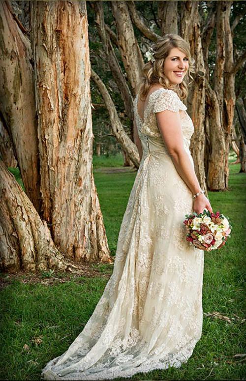 Vellos Bride, Felicity