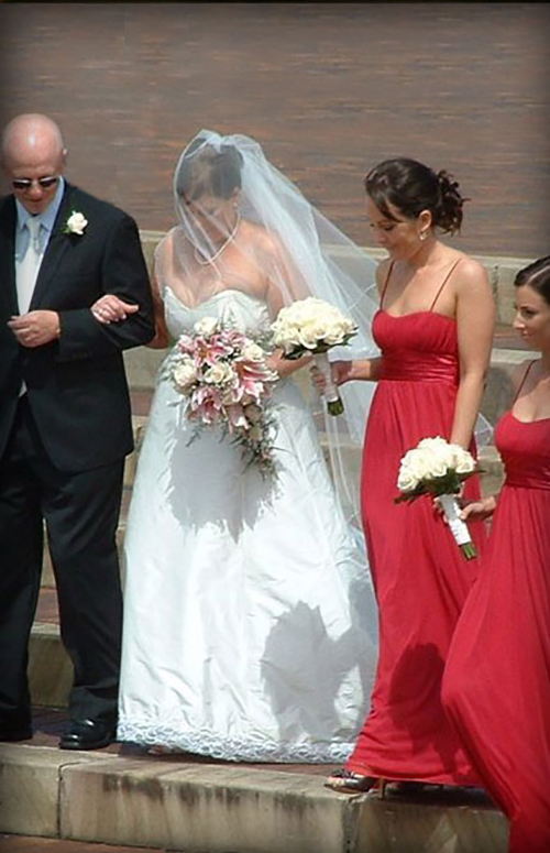 Vellos Bride, Julia